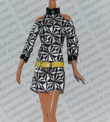 NEW 2009 Barbie Pop Life African American Doll Black White MOD Mini Dress Loose