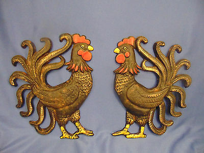 Pr Vtg Kitchen Roosters cast iron metal wall hanging country decoration fowl art