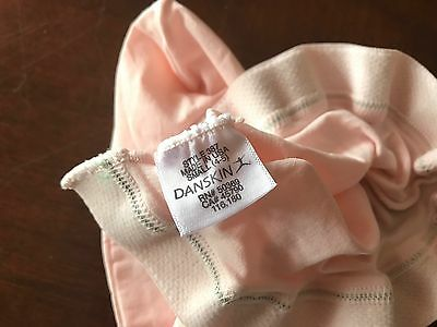 Danskin footed tights girls size 4/5 pink