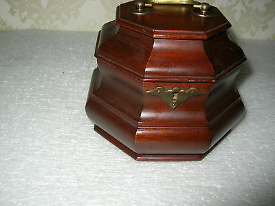 Rare Williamsburg Five (5) Forks Cabinet Shop Tea Caddy