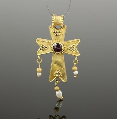 BYZANTINE GOLD & GARNET CROSS - CIRCA 7 th/12th CENTURY AD