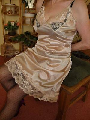 Silky Smooth Liquid Gold Very Lacy Full Slip Petticoat XL BNWT