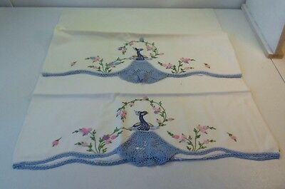 Peacocks Vintage Hand Embroidered Crocheted 2 Matching Pillowcases Bed Breakfast