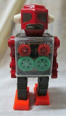 VINTAGE FIRST ENGINE ROBOT by HORIKAWA, WORK PERFECT, MUST SEE!! VERY GOOD COND.