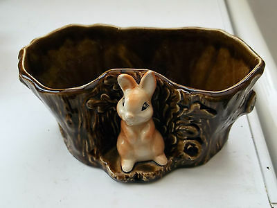 Brown Sylvac Planter 4292 In Form Of A Log With A Rabbit In Front & Label