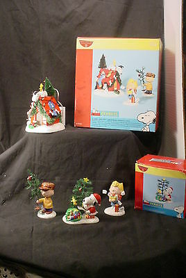 Dept 56 Peanuts Village A VERY SNOOPY CHRISTMAS & CHECKING LIST WITH BOXES