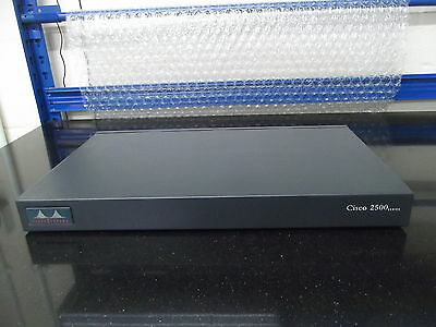 Cisco 2516  Wired  Router  Fully integrated Hub/Router