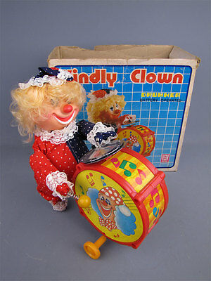 Vintage Battery Operated Kindly Clown Marching Drummer Toy w/ Box Hong Da Taiwan