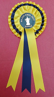 Arsenal FA Cup Rosette yellow & blue 2017 Final - NEW She wore a ribbon in May