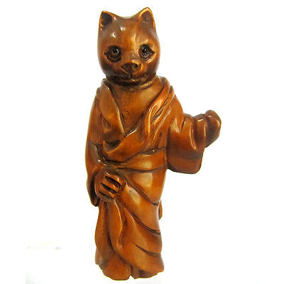 "Y3983 : 2 "" Nice Quality Hand Carved Boxwood netsuke - Cat in Kimono"
