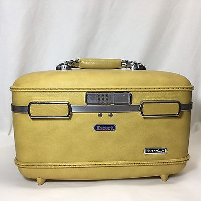 Vtg American Tourister Escort 14 Inch Train Case Yellow Luggage Suitcase Tray