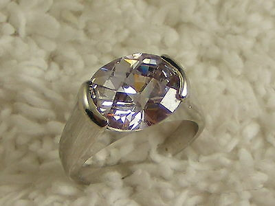Silvertone Lavender Crystal Cocktail Ring - Size 7 (A15)