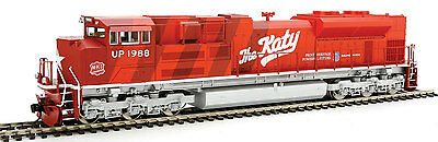 Walthers HO Scale EMD SD70ACe (Sound/DCC) Union Pacific/UP/MKT Katy #1988
