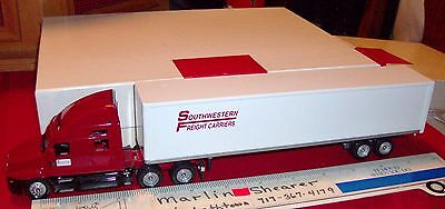 Souhwestern Freight Carriers  Trucking 48' Winross Truck