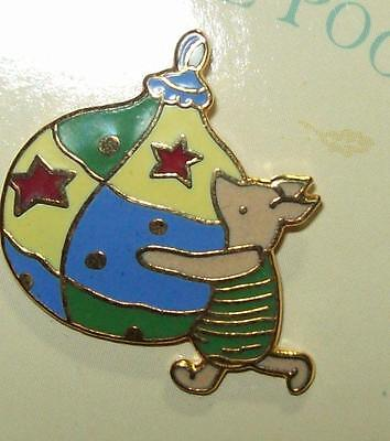 Michel Co Disney PIGLET w/ Christmas Ornament Three Cheers for Pooh PINBACK PIN