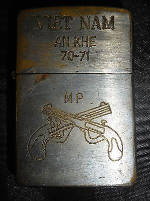 ORIGINAL ZIPPO LIGHTER - US MILITARY POLICE - AN KHE 1970-71 - Vietnam War, 8316