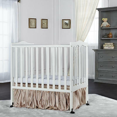 Dream On Me 2-in-1 Lightweight Portable Folding Convertible Crib - White