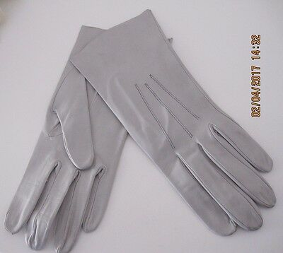 Vintage,butter Soft Real Light Grey Leather Ladies Gloves,size Small,unworn