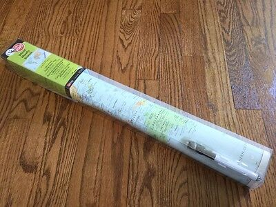 Wall Pops Large MAP OF THE WORLD Peel Stick 24 x 36 Dry Erase Marker Included