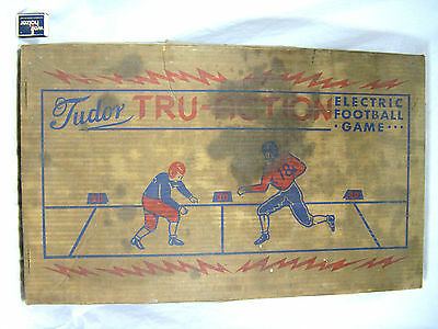 Vintage / Altes elektrisches Football Spiel aus Blech Tudor Tru Action 110 V USA
