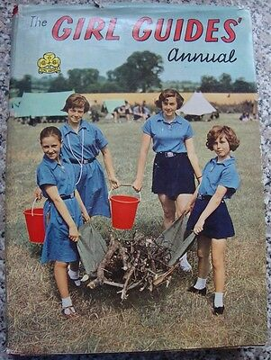 The Girl Guides Annual 1961 HB with Dust Jacket