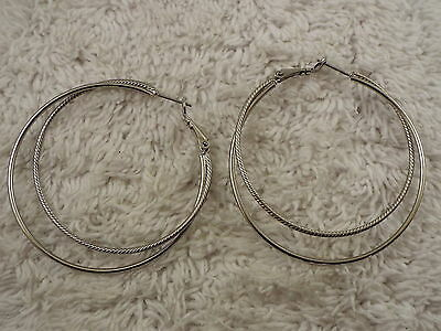 Silvertone Etched Smooth Double Hoop Pierced Earrings (D48)
