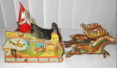 1923 Strauss Santee Claus Santa Wind Up Tin Litho Sleigh w/ Reindeer Pulling
