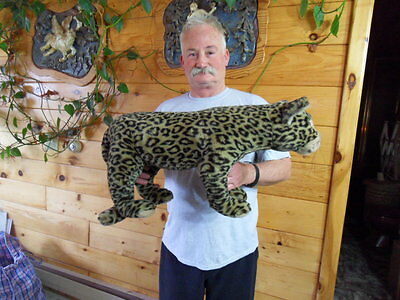 Steiff Leopard cat  HUGE  with all Ids  made in Germany 1155