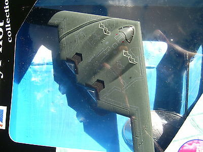 newray sky pilot COLLECTION 21303-1.72 DIE CAST DISPLAY-army Aircraft