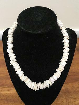"Vintage 1970's Estate Puka Shell 17.5"" Hawaiian Necklace"