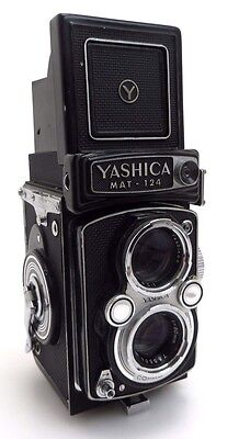 Yashica MAT 124 TLR Camera #7111991, Yashinon 3,5/80mm #785506 br019