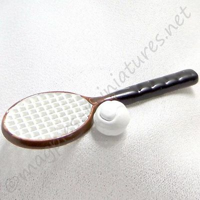 Dolls House 12th scale Tennis racket set