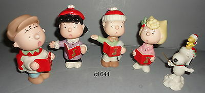Lenox Peanuts Christmas Caroling NEW Snoopy Linus Lucy Sally Charlie Brown $225