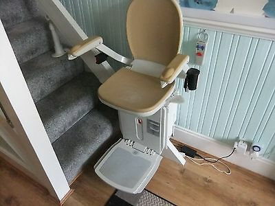 acorn 180 curved stairlift right hand fitting,