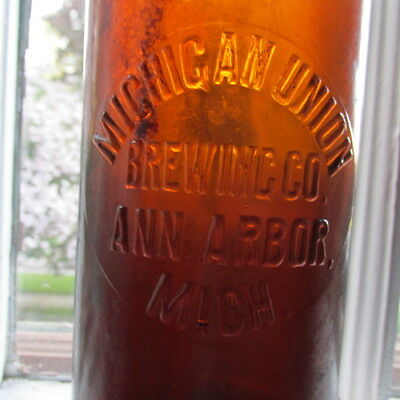 Ann Arbor, Mich. Michigan Union Brewing Co. QUART Blob Top beer bottle MICHIGAN