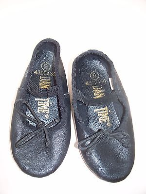 DANCE TIME black leather size 9 girls ballet shoes