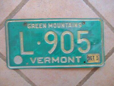 "1980s Vermont ""Green Mountains"" License Plate - Burlington - Killington"