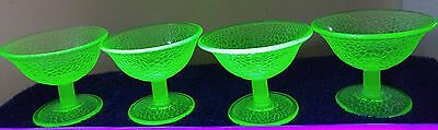 uranium depresion glass crackle sherbert ice cream dishes x 4 glows