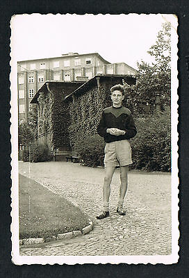 DESSAU, Foto vintage Photo, Mann in kurzer Hose, Mode, man fashion, /51