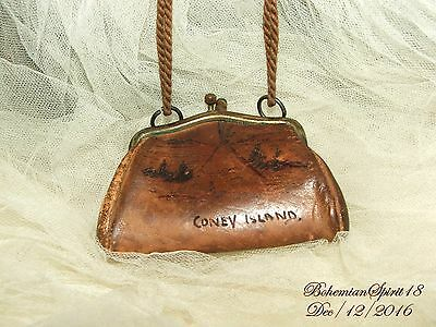 ANTIQUE 1900's CONEY ISLAND LEATHER ETCHED NATIVE SCENE CHANGE PURSE COLLECTIBLE