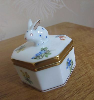 Herend Hungary Porcelain Spring Rabbit Bunny Flowers Lid Octagon Trinket Box