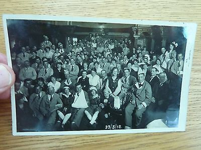 Ww1 1918 Original Photo Postcard Bristol Wounded Soldiers Party Blue Jackets