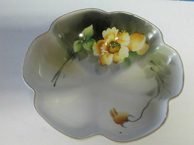 "Vintage Noritake Footed HAND PAINTED NUT ? BOWL FLORAL 5 1/2"" DIAMETER SCALLOPED"