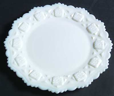 Westmoreland OLD QUILT (MILK GLASS) Dinner Plate 769517