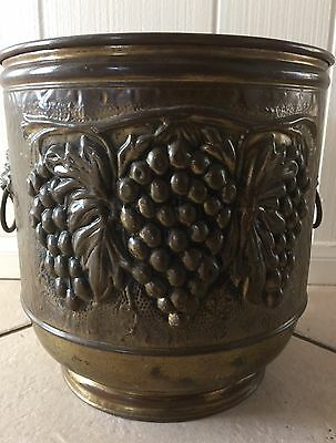 Vintage Large Brass Planter Made In England Lion Head Handles On Sides