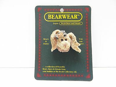 NEW Boyds Bears & Friends Bearwear DAPHNE WITH DOVE Pin 2611 Bears & Hares