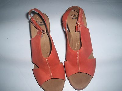 f9b1e933ae8c Clarks Collection Women s Helio Orange Leather Wedge Sandals Size 8.5 RARE