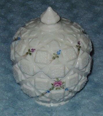 Westmoreland Milk Glass WG Lidded Candy Dish Bowl HP Old Quilt Rose VGC