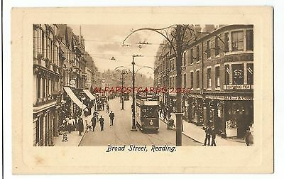 Berks Reading Broad Street Vintage Postcard 8.3