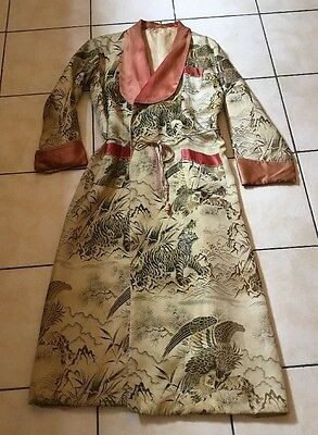 ANTIQUE VINTAGE CHINESE SILK BROCADE DRESSING GOWN ROBE 1940s TIGERS EAGLES
